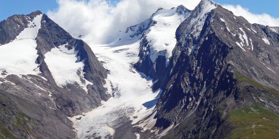 alpine-570562_1920