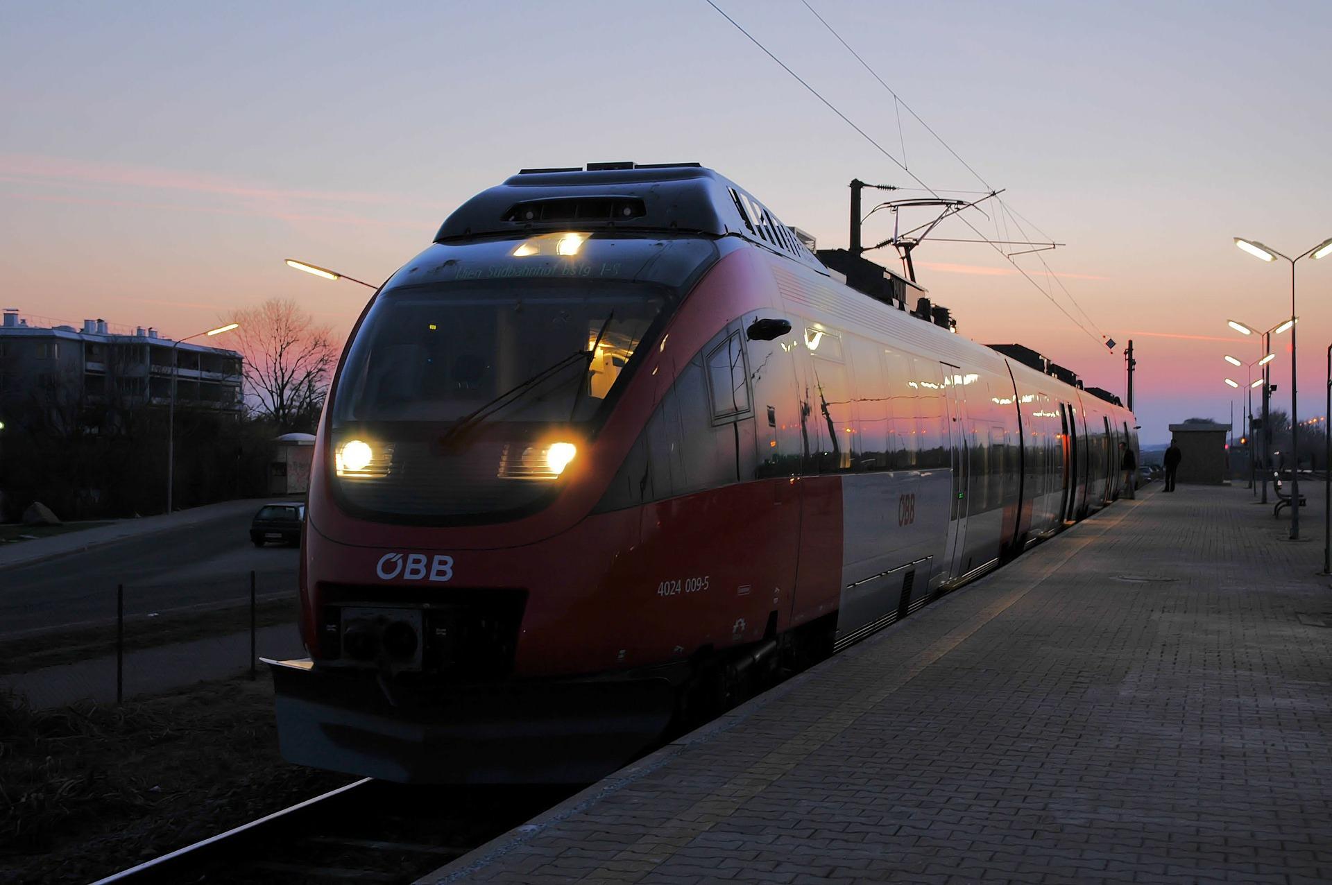 railway-140967_1920